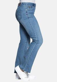 Sheego - Flared Jeans - light blue - 3