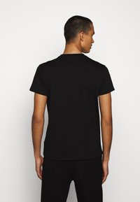 Fiorucci - STAR AND HEART TEE  - Print T-shirt - black - 2