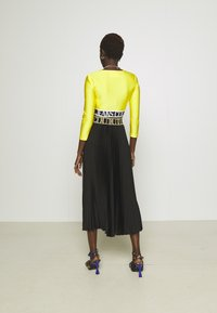 Versace Jeans Couture - SKIRT - A-line skirt - black/gold - 2