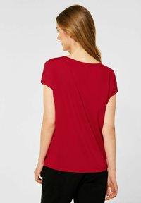 Street One - MIT V-AUSSCHNITT - Print T-shirt - rot - 2