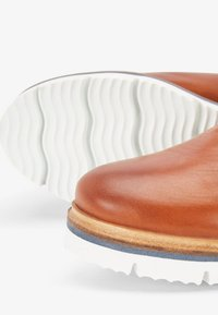 Bianco - CLEATED  - Platform ankle boots - cognac - 4