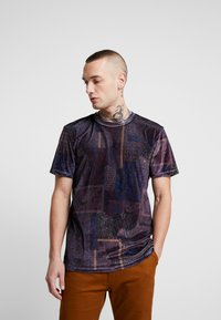 Topman - PAISLEY TEE - Print T-shirt - burg - 0