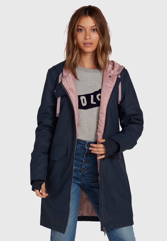 V-BOAT - Winter coat - blue