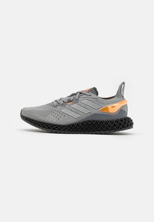 X90004D UNISEX - Trainers - grey three/metallic silver/signal orange