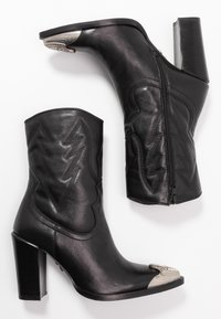Bronx - NEW AMERICANA - High heeled ankle boots - black - 3