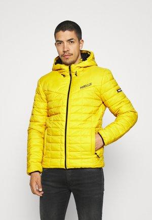 STRIKE JACKET - Light jacket - mustard