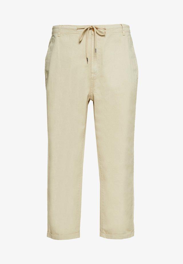 TROUSERS - Pantaloni - ecru