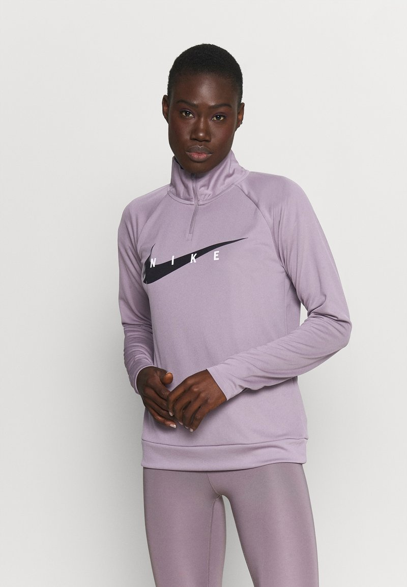 Nike Performance - RUN MIDLAYER - Tekninen urheilupaita - purple smoke/black