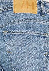 Selected Homme - SLHRELAXCROP - Jeans Tapered Fit - light blue denim - 3