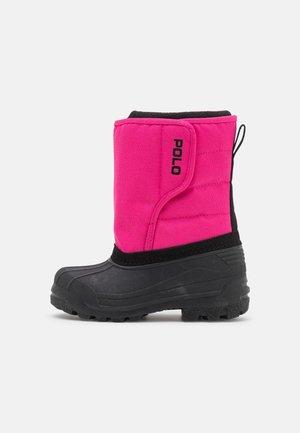 HARPYR  - Bottes de neige - pink/black