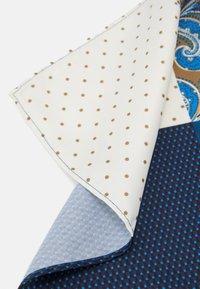 Burton Menswear London - 4 WAY POCKET SQUARE - Pocket square - navy - 3