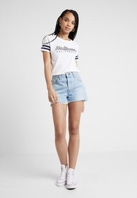 Hollister Co. - CORE LOGO TEE - Triko s potiskem - white - 1