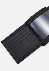 Le Tanneur - MARTIN WALLET FLAP POCKET 2 SHUTTERS UNISEX - Peněženka - noir - 3