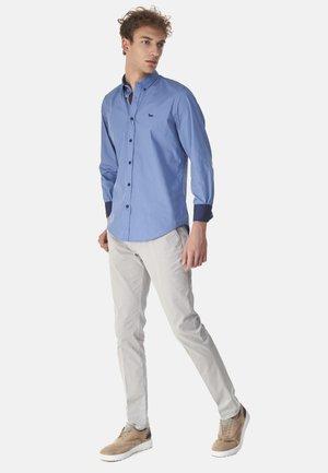 CAMICIA 2 TESSUTI IN COTONE CON CONTRASTI COLORE - Shirt - blu reale screziato