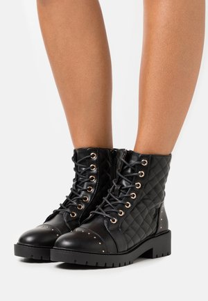BUBBLE QUILTED LACE UP - Lace-up ankle boots - black