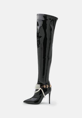 ARSENIC - Kozačky nad kolena - black
