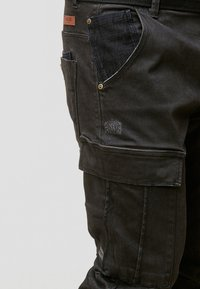 INDICODE JEANS - RAYANE - Cargo trousers - black - 4