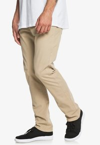 Quiksilver - KRANDY - Trousers - brown - 3