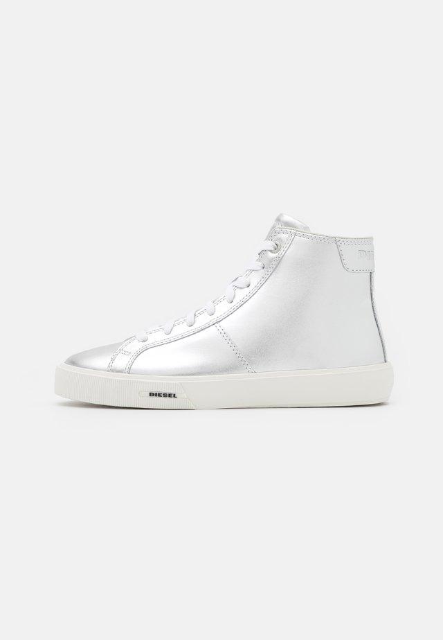 S-MYDORI MC W - Sneakersy wysokie - silver