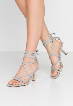 Sandalias - grey