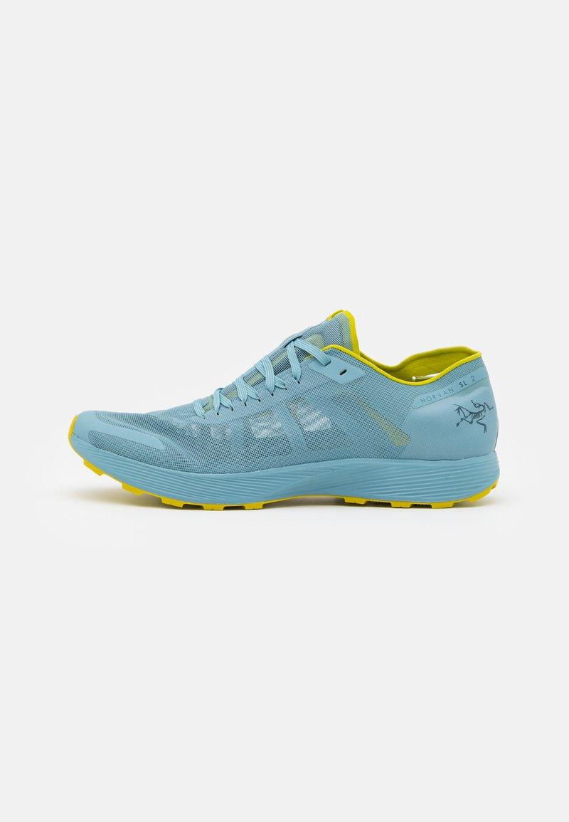 Arc'teryx - NORVAN SL 2 M - Chaussures de marche - remix/glade