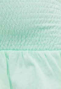 Bershka - MIT GUMMIZUG UND VOLANTS  - A-line skirt - green - 5