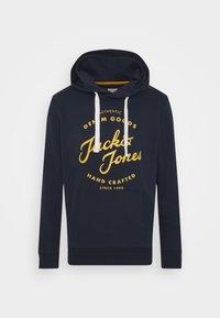 Jack & Jones - JJHERO HOOD - Hoodie - navy - 4