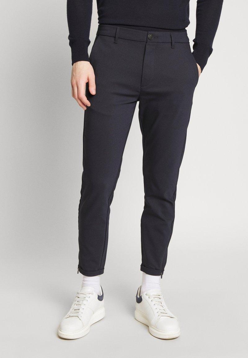Gabba - PISA Small Dot - Trousers - navy
