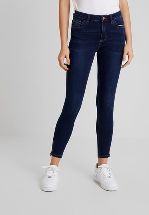 PCJAMIE ZIP - Jeans Skinny Fit - dark blue denim