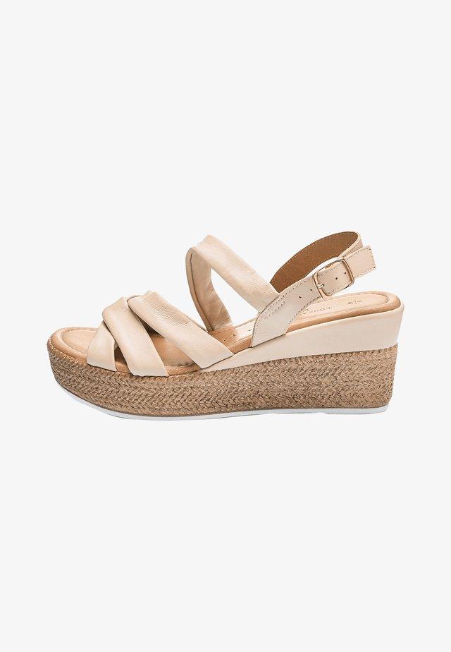 SOFT KNOT - Sandalen met sleehak - nude