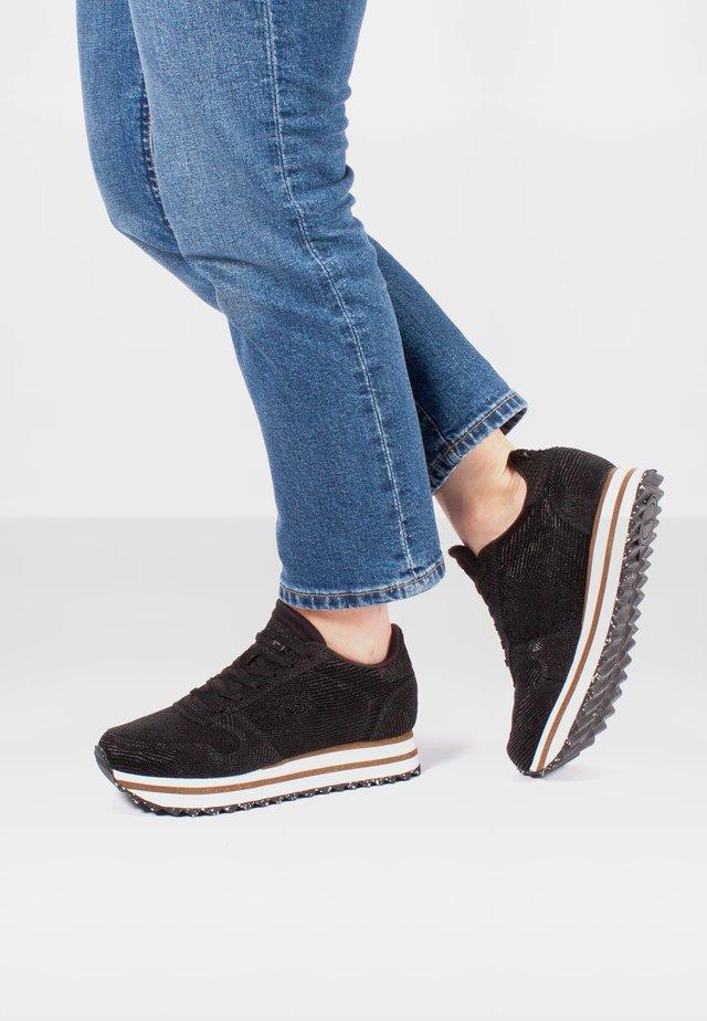 YDUN PEARL II PLATEAU - Sneakersy niskie - schwarz