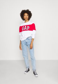 GAP - ORIGINAL CREW - Bluza - white - 1