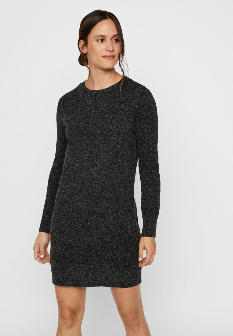 Vero Moda - VMDOFFY O-NECK DRESS - Strikket kjole - black