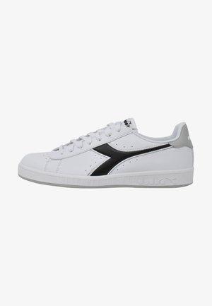 GAME - Sneakers basse - white/vapor blue/black
