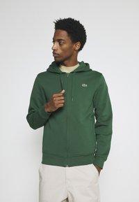 Lacoste - CLASSIC HOODIE - Zip-up sweatshirt - green - 0