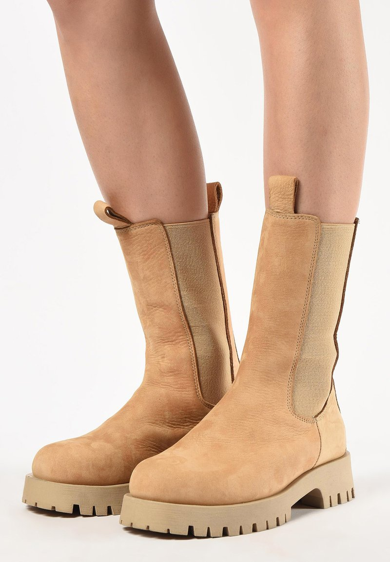 Inuovo - Platform ankle boots - light brown