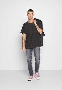 Tiger of Sweden Jeans - PISTOLERO - Straight leg -farkut - black - 1
