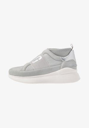 NEUTRA - High-top trainers - silver