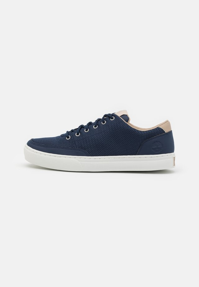 ADV 2.0  - Trainers - navy