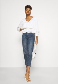 Forever New - RAINA 3/4 SLEEVE TIE FRONT BLOUSE - Blouse - cream - 1