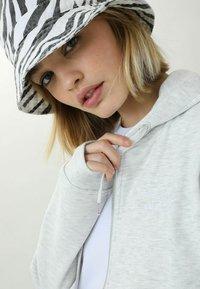 Pimkie - Zip-up hoodie - grau meliert - 3