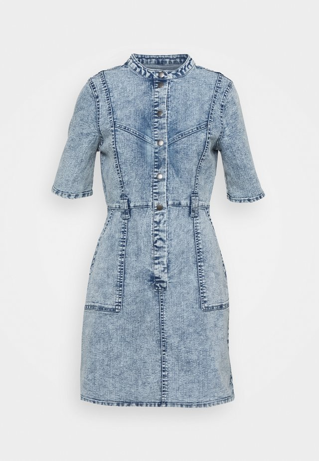 NMAMY CUTLINE DRESS - Robe en jean - light blue denim