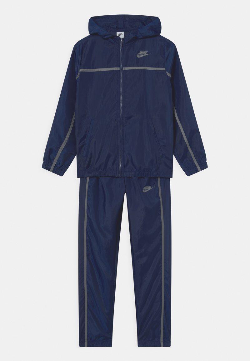 Nike Sportswear - TRACK SUIT SET UNISEX - Tepláková souprava - midnight navy/smoke grey