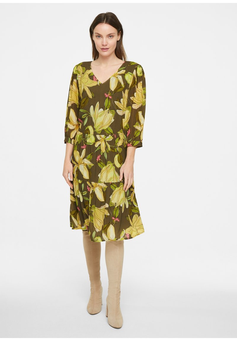 comma - Day dress - green