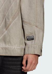 adidas Originals - R.Y.V. DENIM JACKET - Denim jacket - brown - 4