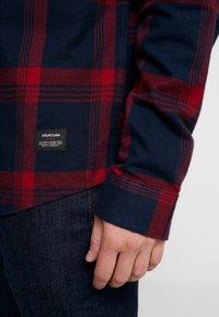 YOURTURN - Skjorte - dark blue/red - 3