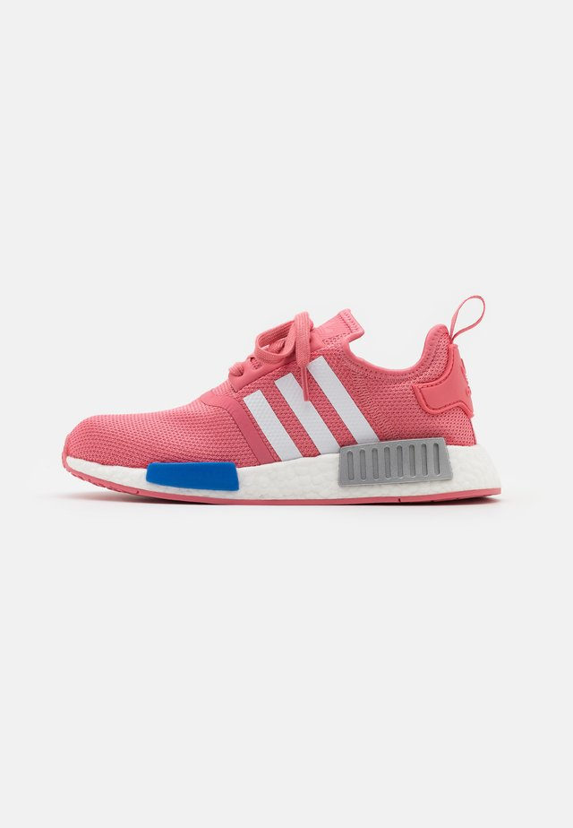 NMD_R1  - Baskets basses - hazy rose/footwear white/glory blue