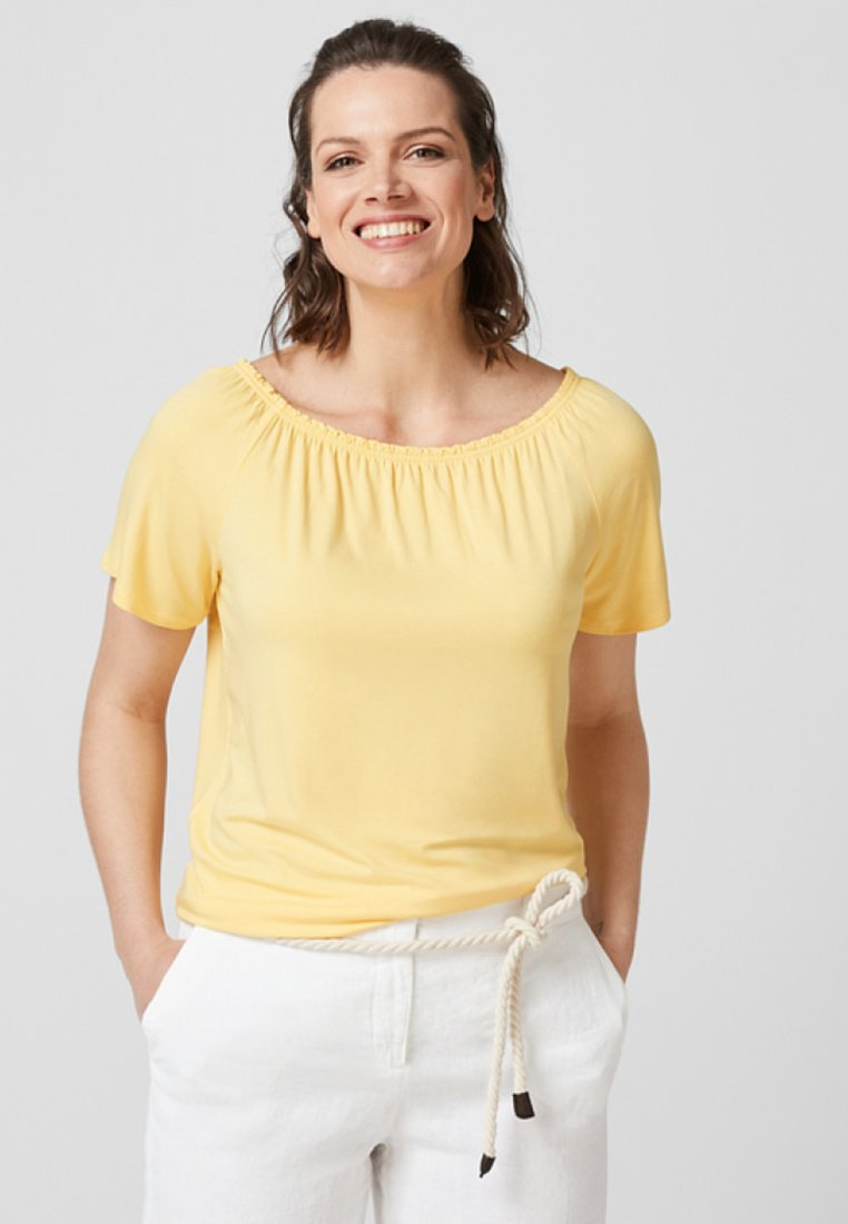 Triangle - Basic T-shirt - yellow