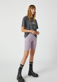 PULL&BEAR - Shorts - purple - 3