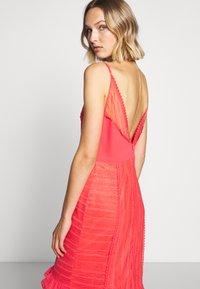 Three Floor - LYNDI DRESS - Maxi dress - spiced coral - 5